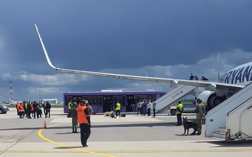 Top prosecutor: probe into diversion of Ryanair flight to Belarus underway