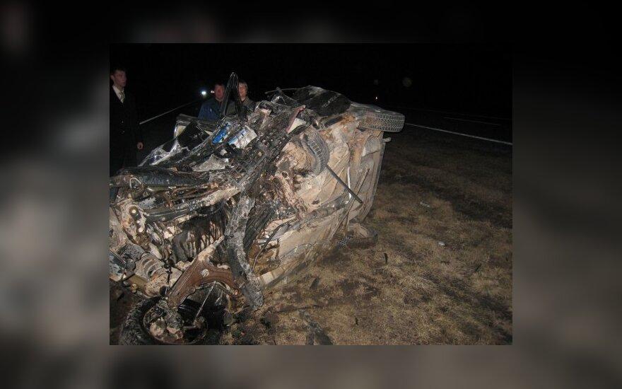Savaitė šalies keliuose: 92 eismo įvykiai, 15 žmonių žuvo, 91 sužeistas