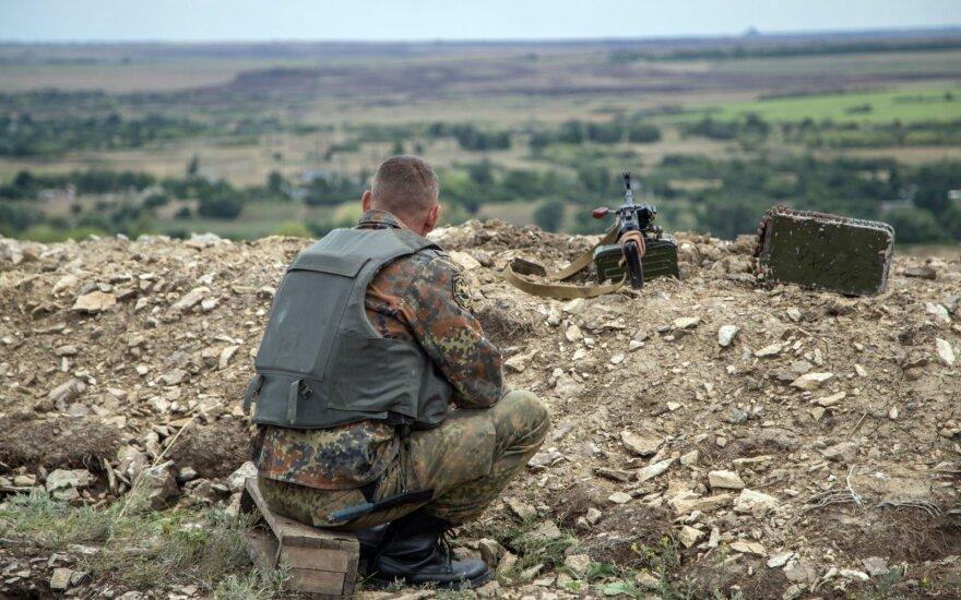 Penkias valandas trukęs kruvinas mūšis: žuvo 5 Ukrainos kariai