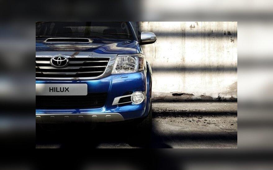 Toyota Hilux LCA