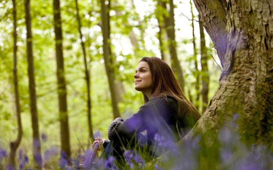 Moteris miške