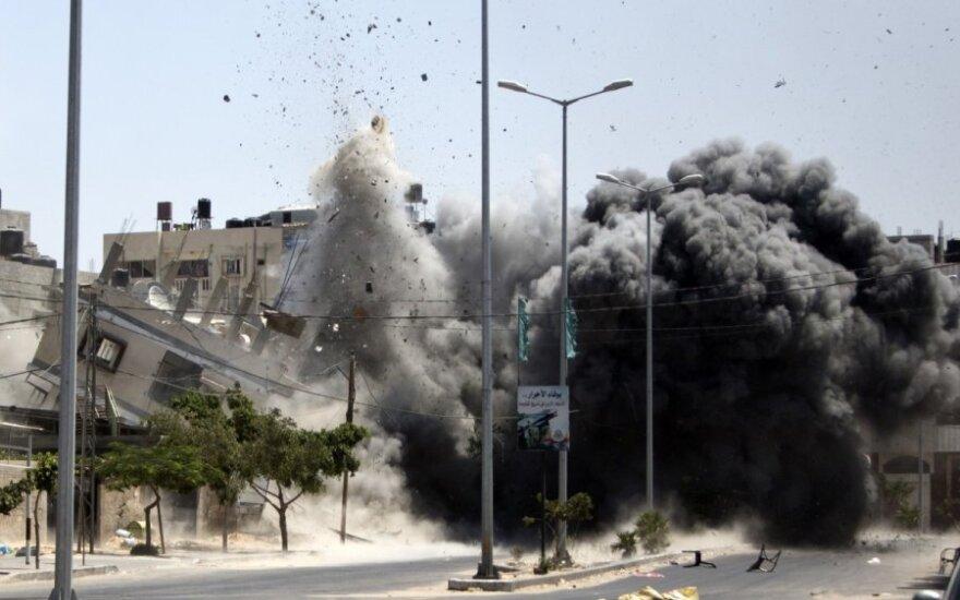 G. Levy. Beprasmio Gazos karo pamokos