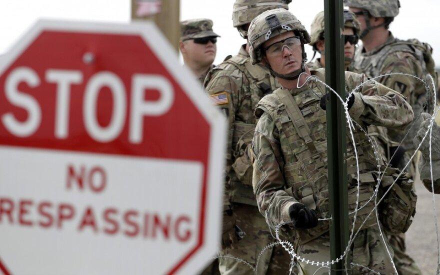 JAV kariai prie sienos su Meksika