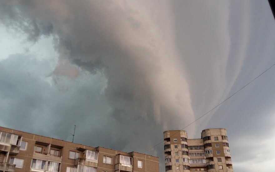 Storm spectacular: Lithuanians capture ominous clouds as storms drench country