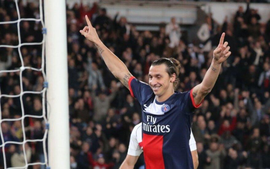 Zlatanas Ibrahimovičius ir toliau stebina puikia sportine forma