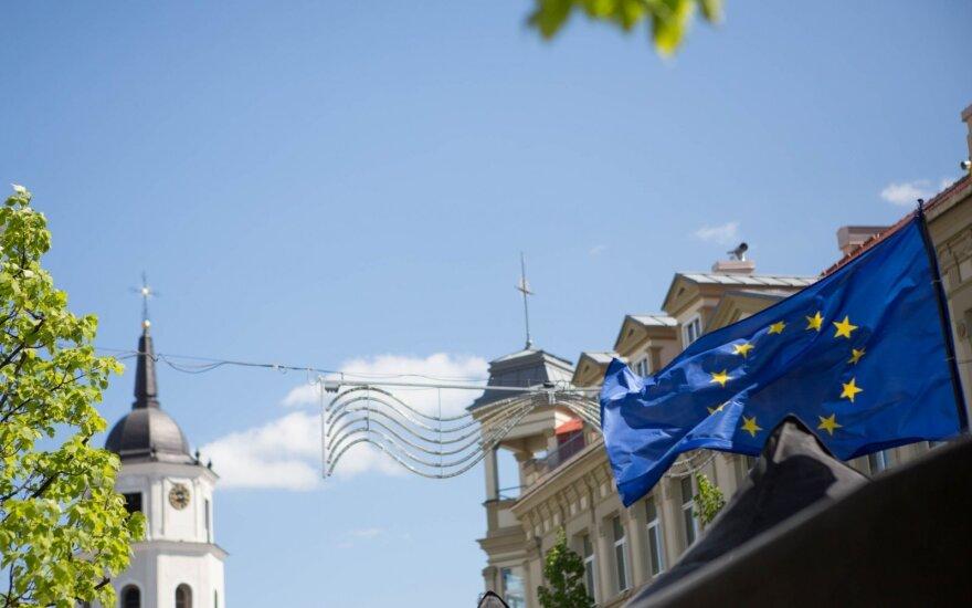 Žygimantas Pavilionis. Emanuelis Zingeris. Kas nuveikta per keturiolika metų ES užsienio politikoje?
