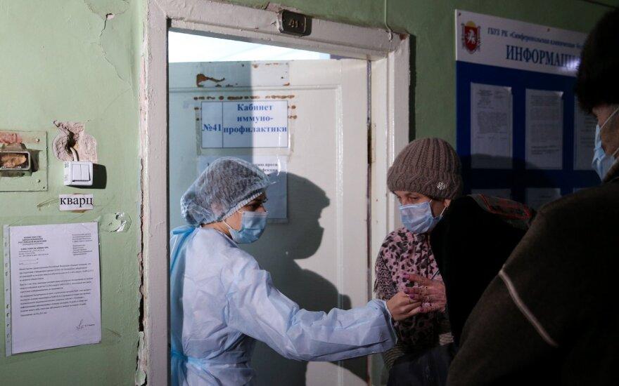 Vakcina – naujausias Rusijos ginklas prieš Ukrainą: Putinas jau trimituoja apie pergalę Kryme
