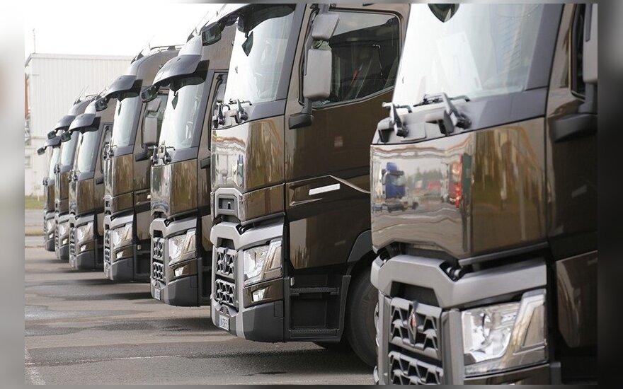 Darbo inspekcija siūlo griežtinti vairuotojų darbą