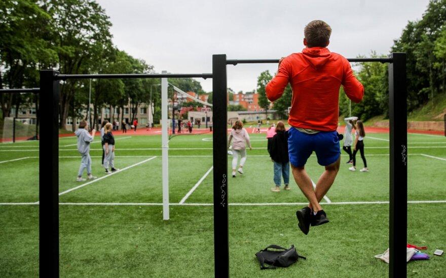 Vilniuje atidarytas pirmasis visiškai atnaujintas sporto aikštynas