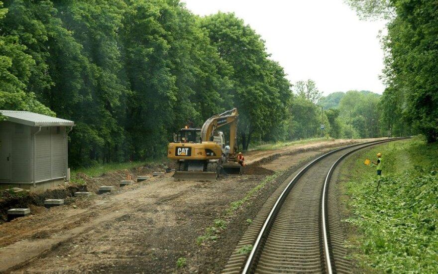 """Susitarimas dėl """"Rail Baltica"""" - mažai džiuginantis?"""