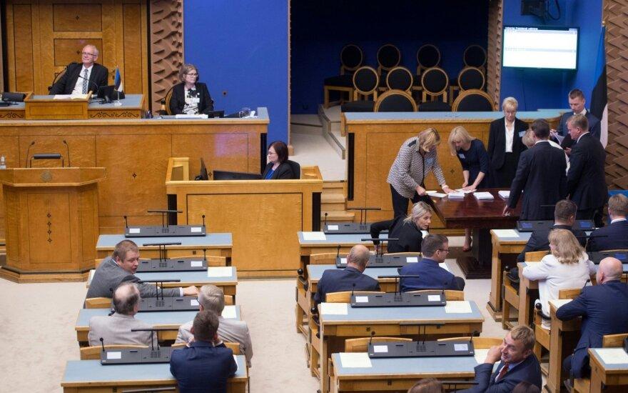 Estijos prezidento rinkimai nusikėlė į rugsėjo pabaigą