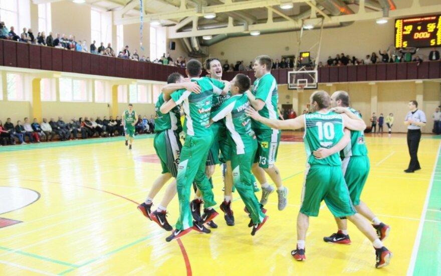 Telšių krepšininkų triumfas (T. Brazausko nuotr.)