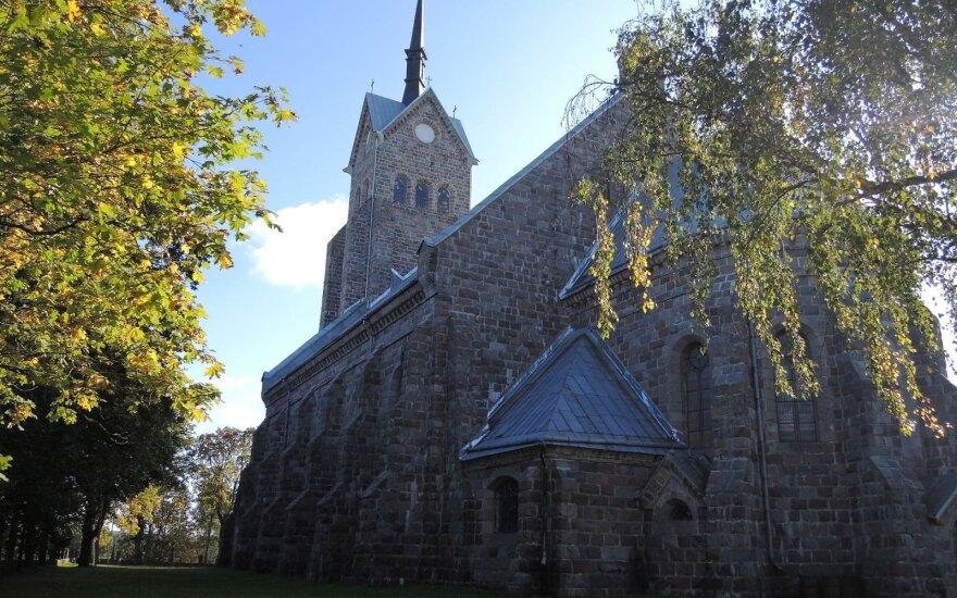 Zarasų krašto architektūros perlas – Salako Švč. Mergelės Marijos Sopulingosios bažnyčia