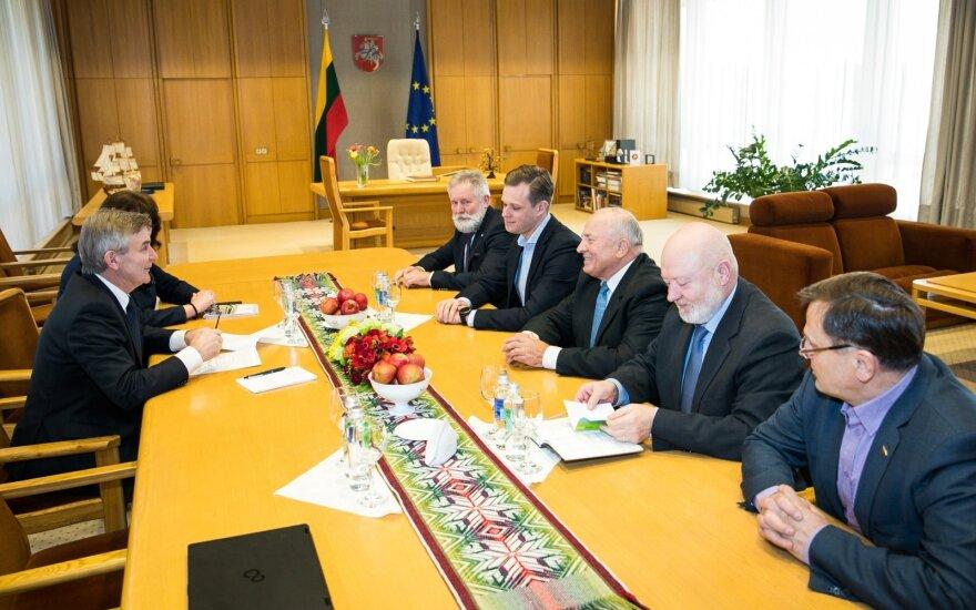 Seime – siūlymas stabdyti NPD didinimą 2020-2021 metais