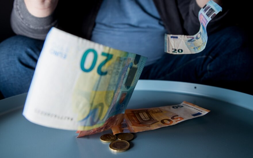 Young people most likely to be in arrears