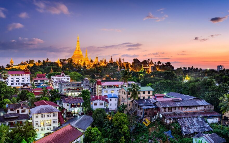Mianmaras – dešimtmečiais slėpta šalis, kurios tradicijos šokiruoja