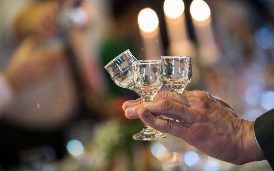 Naujas eksperimentas rodo, kad alkoholizmas iki šiol buvo tiriamas netinkamai