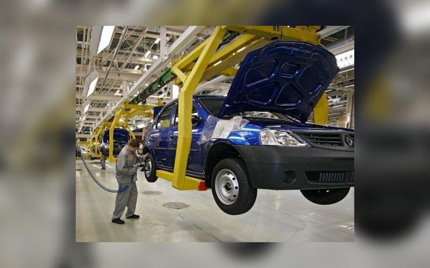 """""""Renault"""" kartu su """"AvtoVAZ"""" surinkinės automobilius nuo 2012 m."""