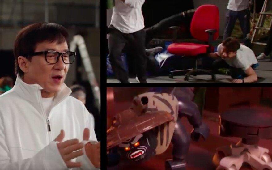 Jackie Chanas kuria LEGO Ninjago filmo scenas