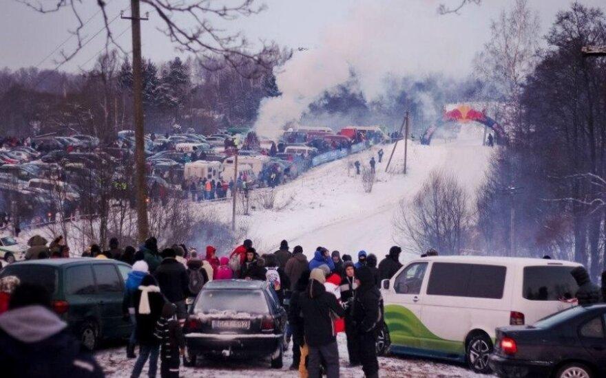 """""""Halls Winter Rally"""" žiūrovų zona (G.Matulaičio nuotr.)"""