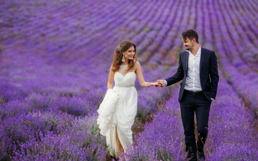 Keisčiausios vestuvių tradicijos įvairiose šalyse