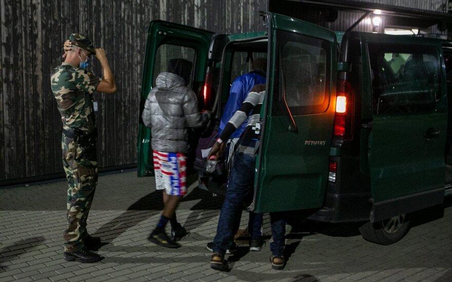 Prabilo apie grėsmes laukiant dar daugiau emigrantų: nereikia meluoti žmonėms, kad tai saugu