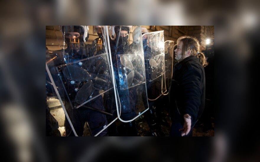 Latvijos specialiosios tarnybos prognozuoja socialinį sprogimą