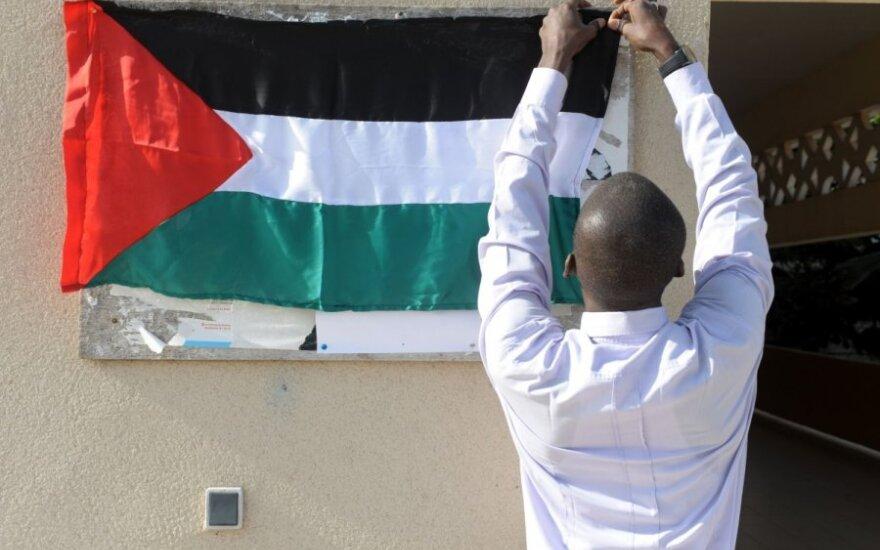 Lietuva svarstytų galimybes priimti palestiniečių atstovybę