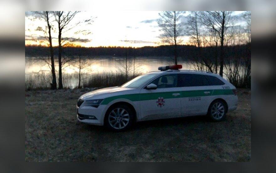 Siaubas Trakų rajone: prie ežero rastas apdegęs moters kūnas