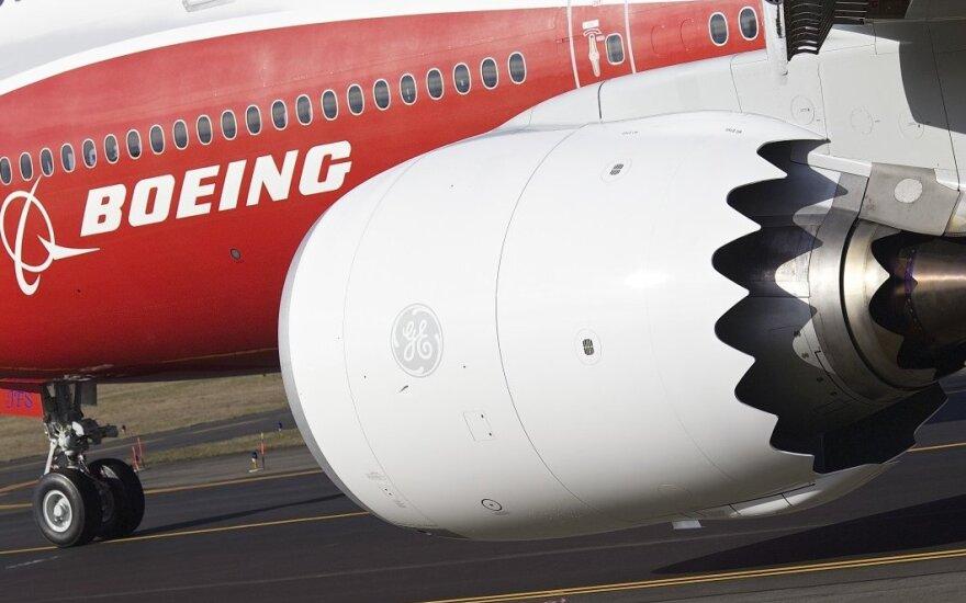 """""""Boeing 747-8"""" tarpkontinentinis keleivinis lėktuvas"""