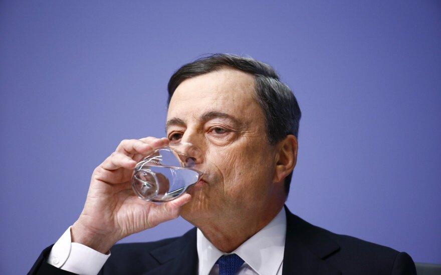 ECB: vienas stambus euro zonos bankas neatitinka kapitalo reikalavimų