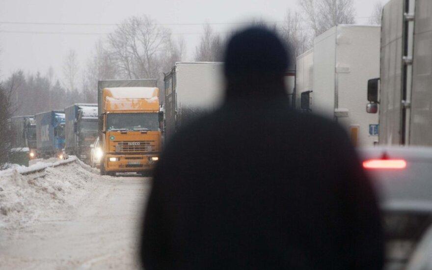 Krovininių automobilių eilė pasienyje