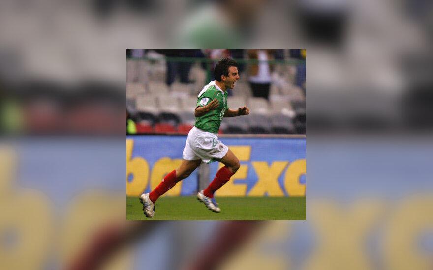 Meksikos futbolo rinktinės žaidėjas Luisas Perezas