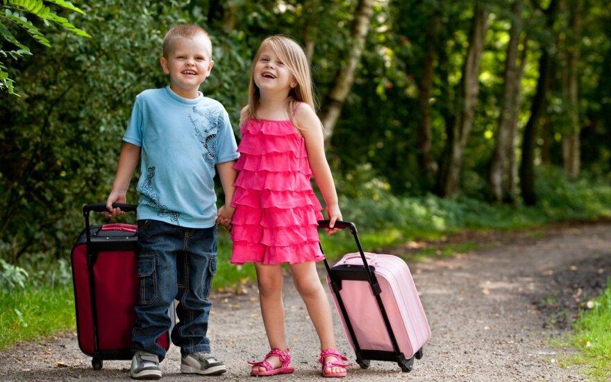 10 gudrybių keliaujantiems su vaikais, kad atostogos netaptų košmaru
