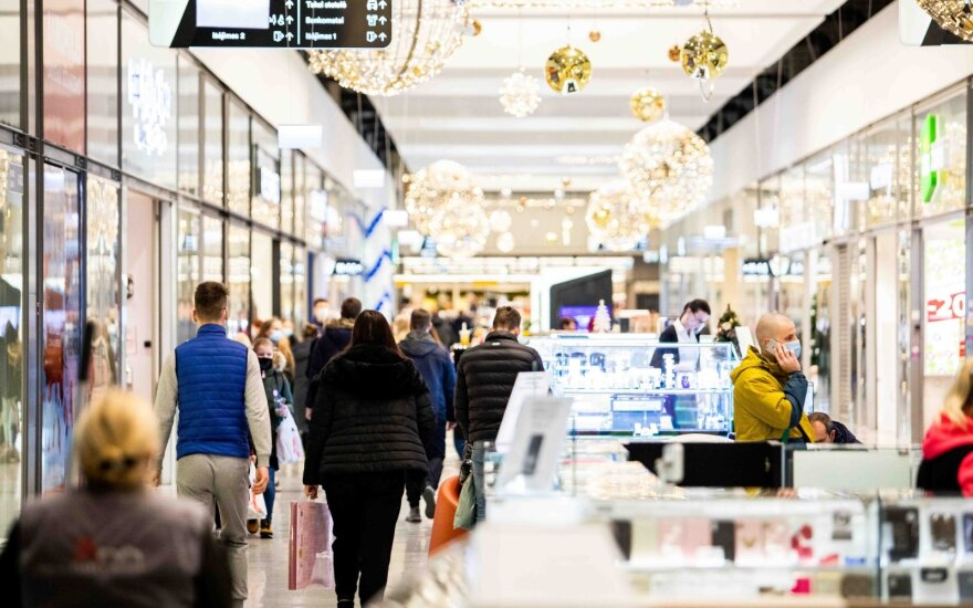 Shops allowed in malls to open on weekdays