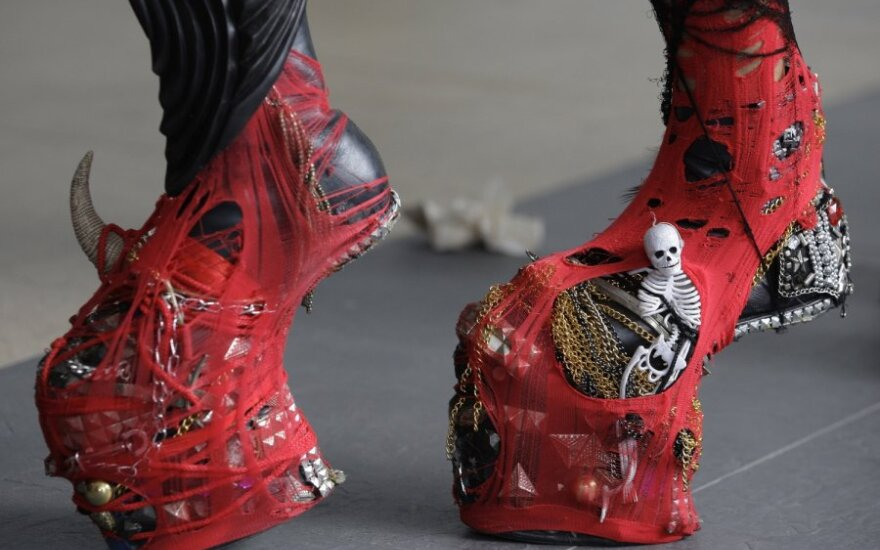 Lady Gagos fanai savo dievaitę pasitiko išradingai apsirengę