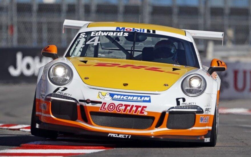 "Seanas Edwardsas su ""Porsche"""