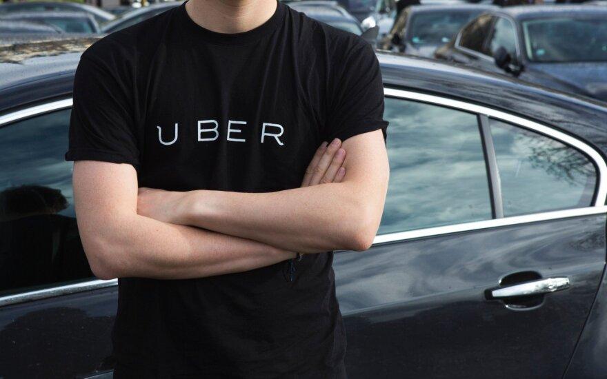 """""""Uber"""" neteko veiklos licencijos dar viename Britanijos mieste"""
