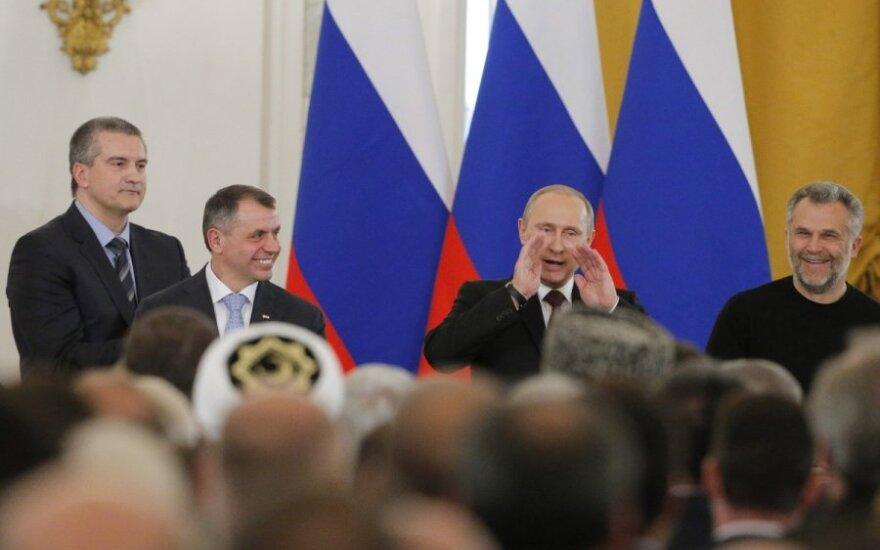 Putinas – Vakarai: 2:1