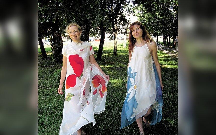 Meniškai ištapyti Jolantos Šmidtienės drabužiai alsuoja gaivia romantika