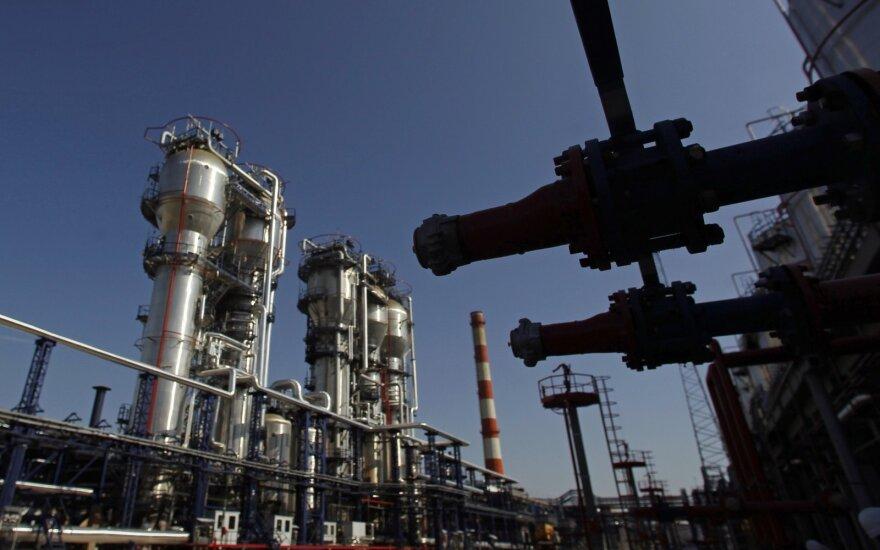 Naftos kainos - netoli aukščiausio taško nuo 2015 m. vidurio