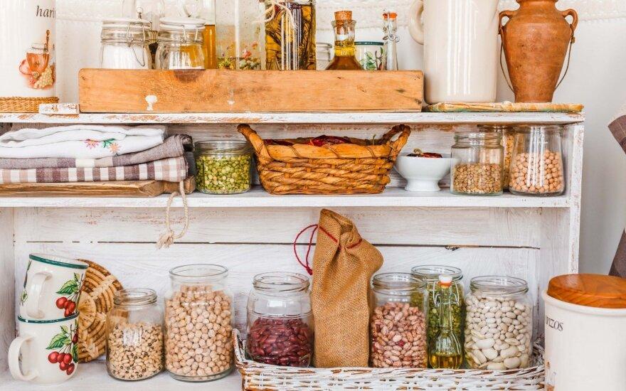7 dalykai, kurių nereikia laikyti virtuvės spintelėse