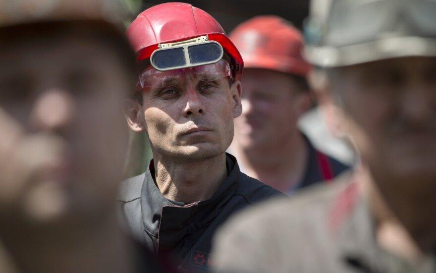 Metalurgijos darbininkai