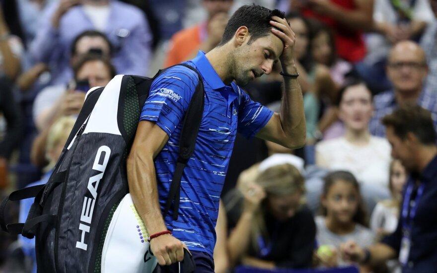 """Netikėtas vaizdas """"US Open"""" turnyre: žiūrovai nušvilpė iš kovos pasitraukusį Džokovičių"""