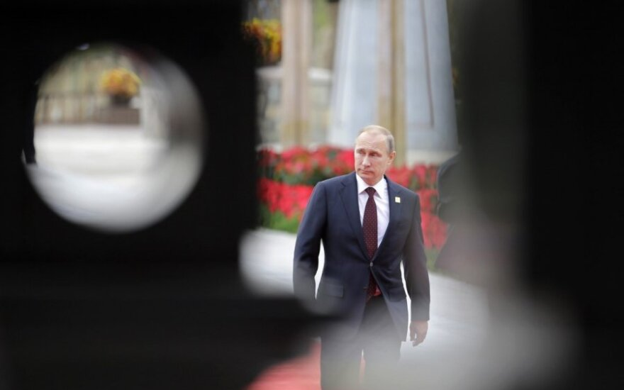 Putin is in self-imposed isolation among global leaders, Lithuanian president's adviser says