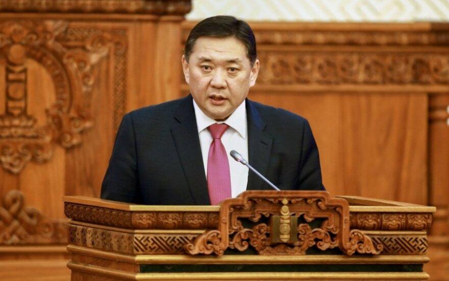 Nuverstas parlamento pirmininkas Mijegombynas Enchboldas