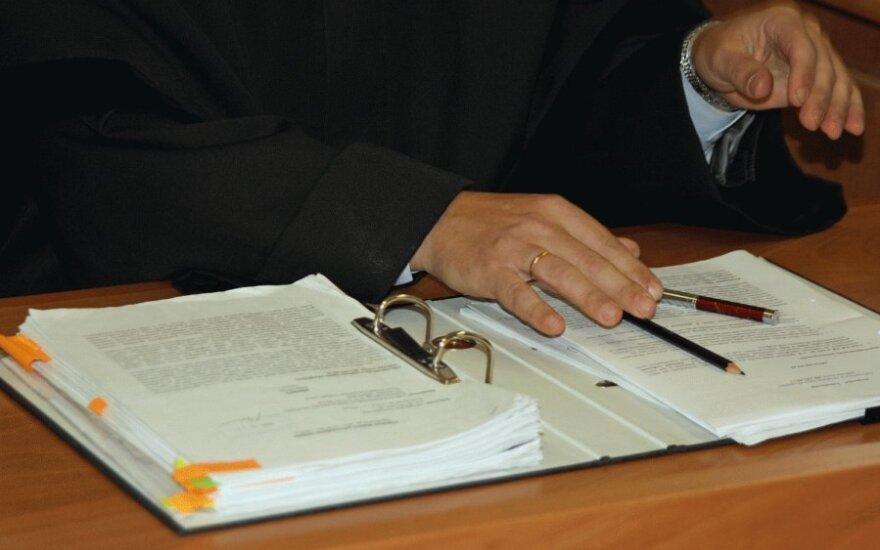 Valstybė skolinga advokatams milijonus