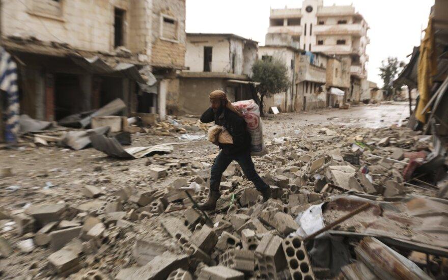 JT: Sirijos režimo puolimas Idlibo provincijoje bėgti privertė jau daugiau nei 800 000 gyventojų