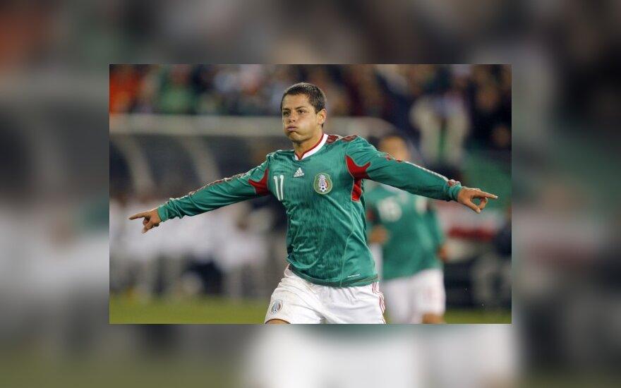 Meksikos atakų lyderis Javieras Hernandezas