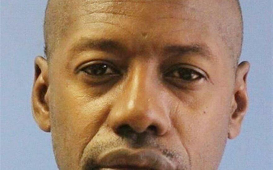 Serijinėmis žmogžudystėmis įtariamas Darrenas Vannas